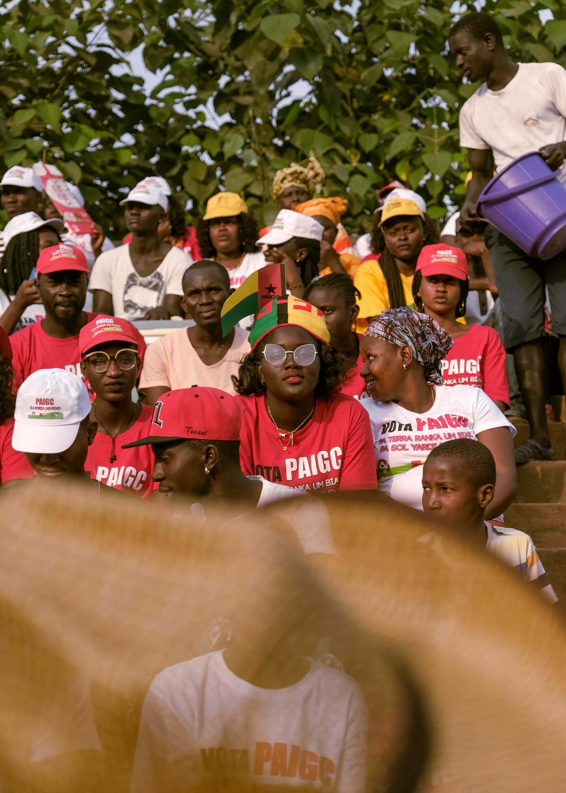 People rally for PAIGC in Bissau.