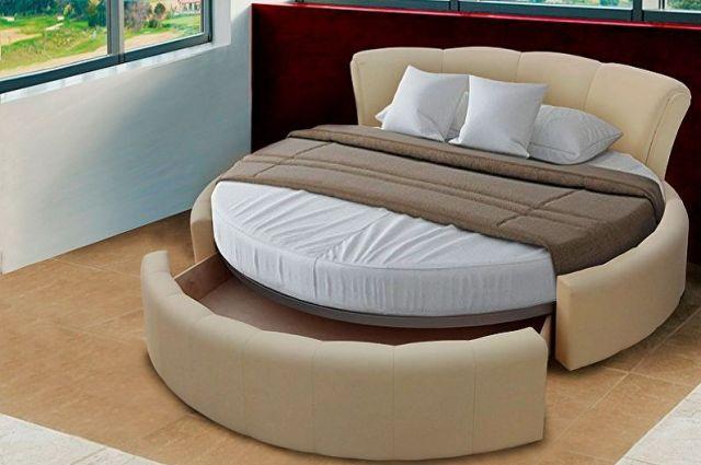 Yatak odasında yuvarlak yatak çeşitleri - Çeşitli işlevlere sahip yuvarlak yatak