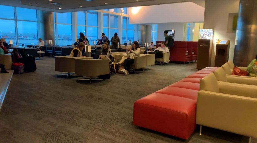 Atlanta SkyClub at the F gates
