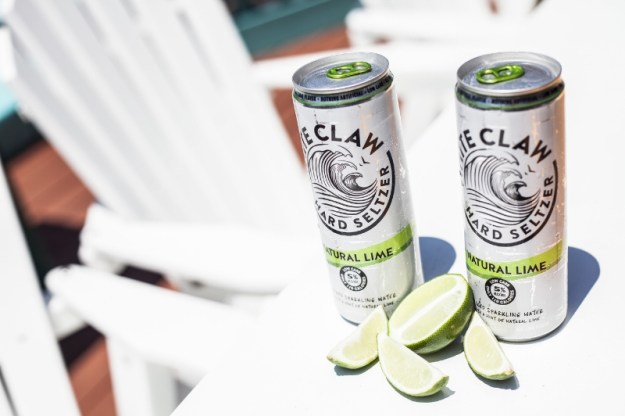 White Claw Hard Seltzer Natural Lime (PRNewsFoto/White Claw Hard Seltzer)
