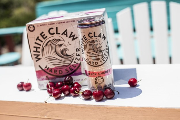White Claw Hard Seltzer Black Cherry (PRNewsFoto/White Claw Hard Seltzer)