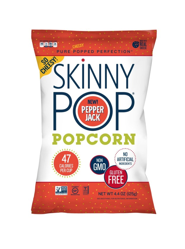 SkinnyPop Real Cheese Pepper Jack (PRNewsfoto/Amplify Snack Brands, Inc.)