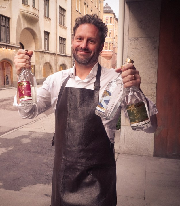 """Mathias Tönnesson is the master blender behind the award-winning Purity distillery, best known for Purity Vodka, winner of over 229 international medals including the award """"World´s best tasting Vodka"""" by IWSC."""