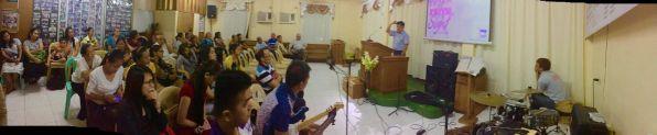 Under det første møtet i Marikina