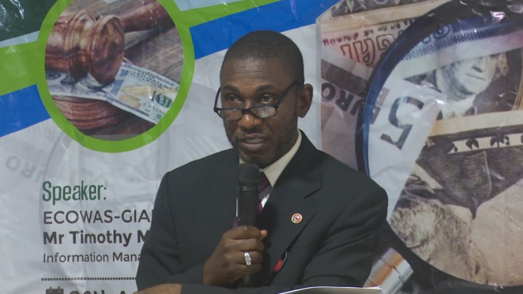 EFCC Hosts Bank Auditors, Urges Transparency In Banking Sector