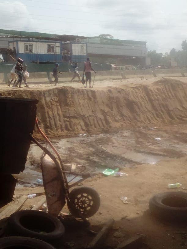Breaking: Hausa, Yoruba Youths Clash In Lagos