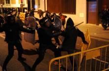 Madrid 2014 - Poliisi mielenosoittajien kimpussa