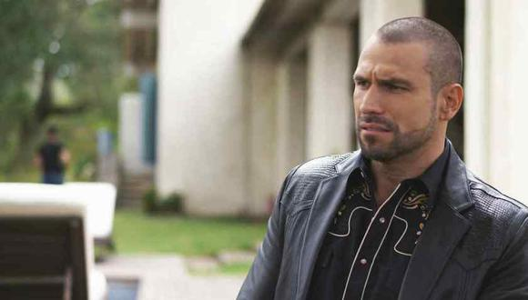 Rafael Amaya revealed that he left his family and friends due to his addiction to drugs and alcohol (Photo: Telemundo)