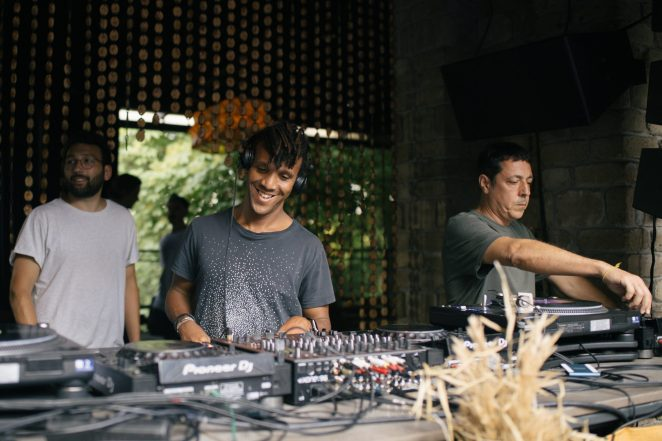 Dyed and Dan during their Kureni gig