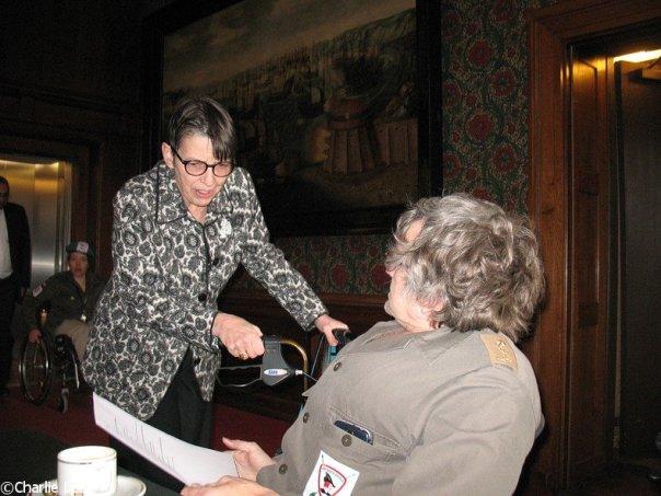 Debat Eerste Kamer 2014 overleg over VN Verdrag Met Jetta Klijnsma