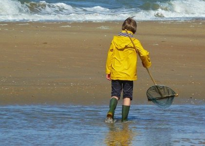 Cara cuci jas hujanyang baik dan benar agar awet