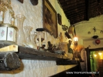 Vecchio Forno pizzeria oggetti antichi.JPG
