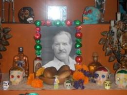 Carlos Fuentes altar