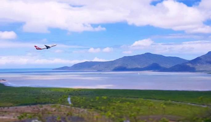flying out of cairns