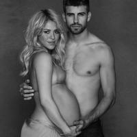 Shakira posts new belly baring pregnancy (Photo)