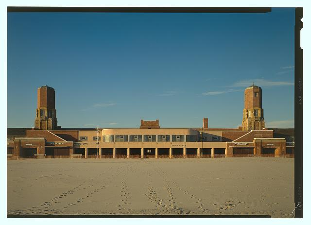Jack E. Boucher, Elevation view of the south front (beach) center section, with scale (similar to HABS No. NY-6374-29) - Jacob Riis Park, Rockaway Point, Queens County, NY, 1990, Historic American Buildings Survey Collection, Prints and Photographs, Library of Congress