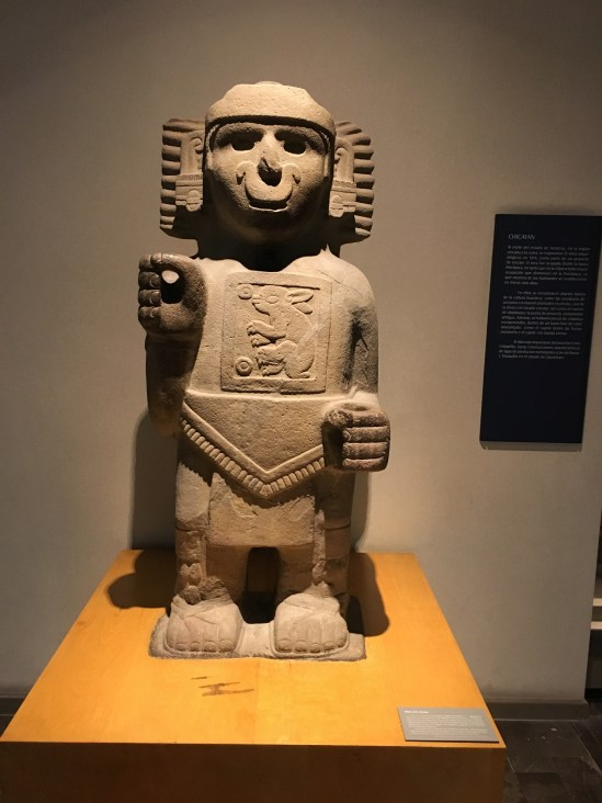 If that's not the goofiest smile in the pre-colombian world I'm not sure what is