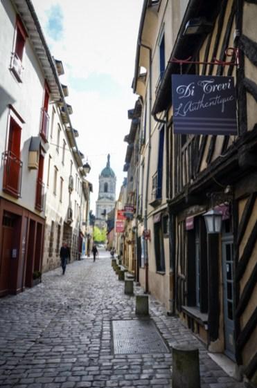 rue saint mélaine rennes bretagne