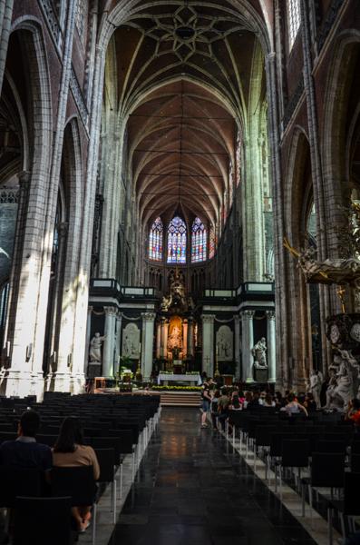Gand belgique blog voyage trotteurs addict cathédrale saint bavon