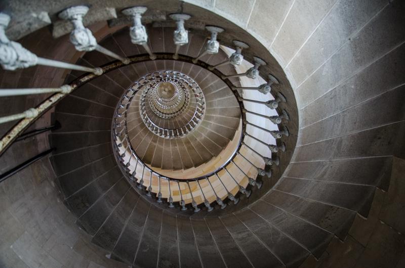 phare des baleines escalier