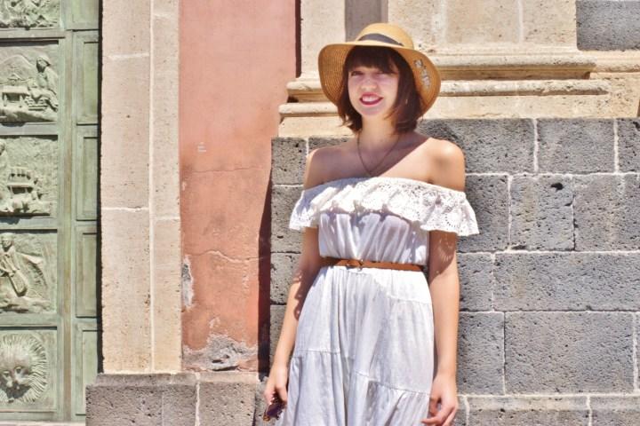 White dress 004