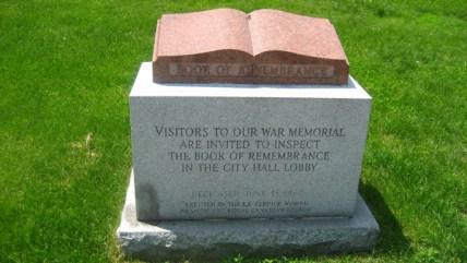 war_memorial_detail01