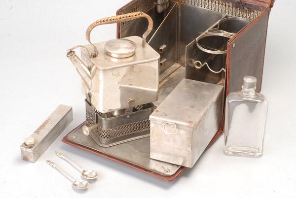 Hogspear picnic tea set detail