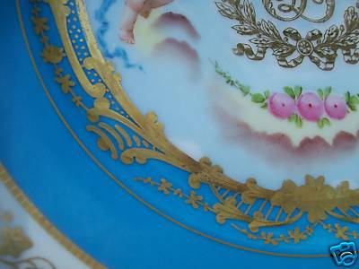 sevres-lois-philippe-crest-close-up