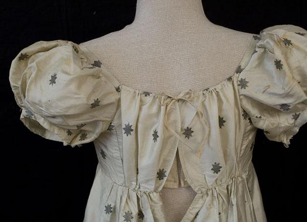 Dress metalic brocaded  b 1810 VT