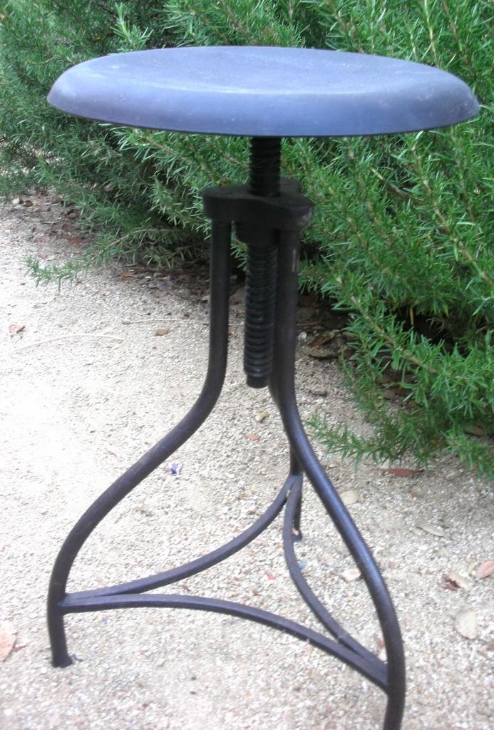 Wisteria draftsman stool