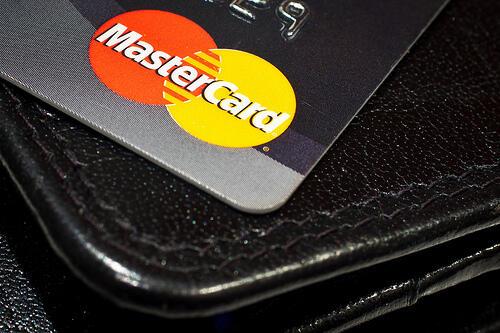 Mastercard sperimenta l'autenticazione delle transazioni via selfie (News, Internet)