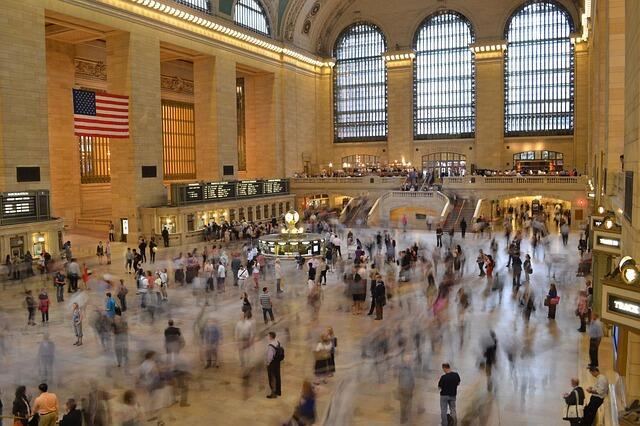 Come aumentare le visite al tuo sito: 13 strategie (Guide, Zona Marketing)