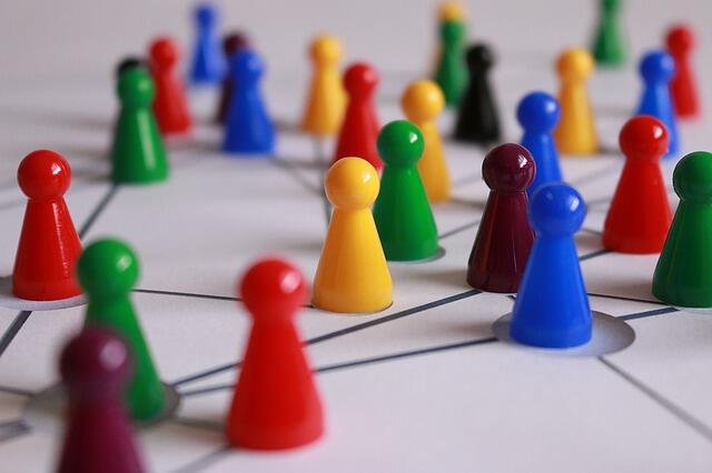 Guida ad Elgg: il social network open source (Guide, Assistenza Tecnica)