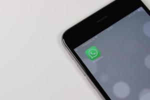 Come caricare le tue GIF animate su Whatsapp e Facebook (e vantarti con gli amici)
