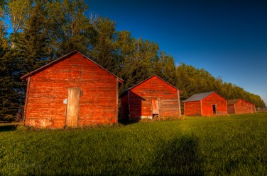 red_sheds_farm-20090527-tonemapped-9-10-11-Edit