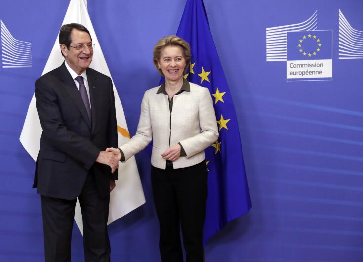 Анастасиадес обсудит действия турецкой ИЭЗ с президентом Европейской комиссии