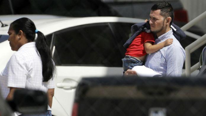 ΗΠΑ: Πενήντα επτά παιδιά κάτω των 5 ετών επανενώθηκαν με τις οικογένειές τους