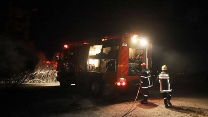 Φωτιά σε περιοχή στο Πόρτο Ράφτη
