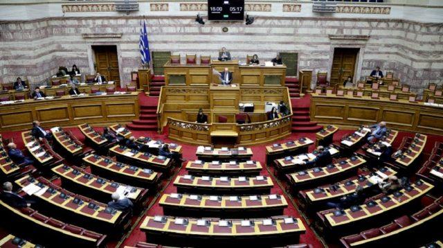 Ψηφίστηκε στη Βουλή το ν/σ για την προώθηση της ηλεκτροκίνησης