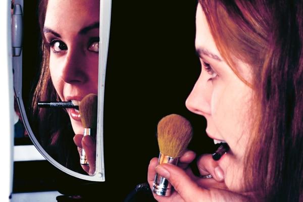 makeup-artist-school