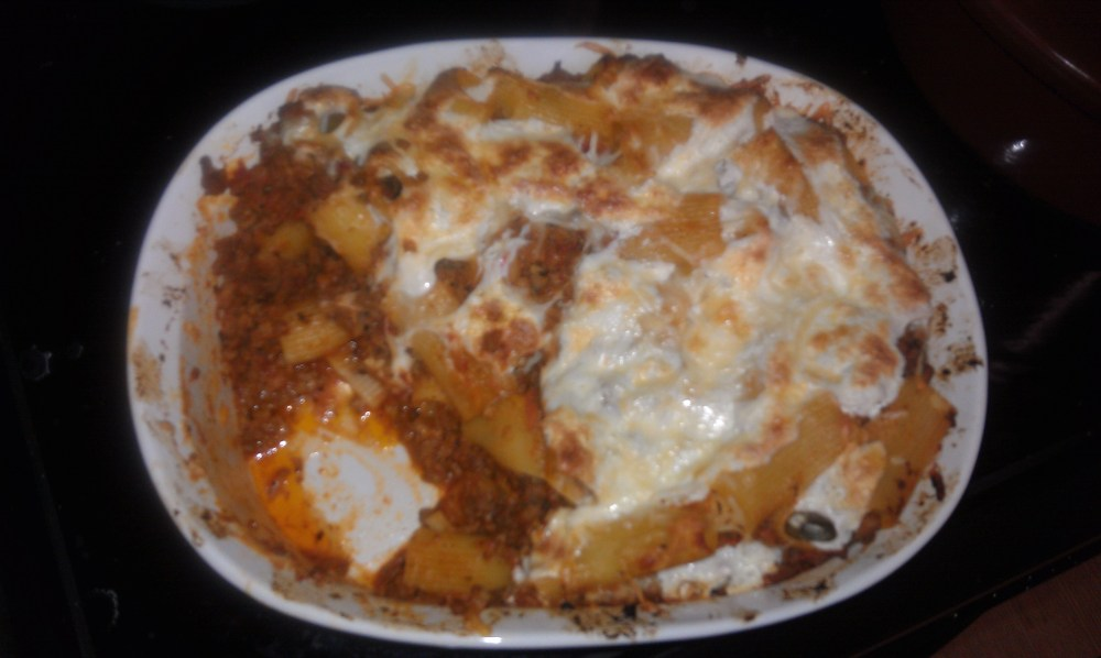 Recipe: Baked Rigatoni with Meat Sauce and Fresh Mozzarella Bolognese