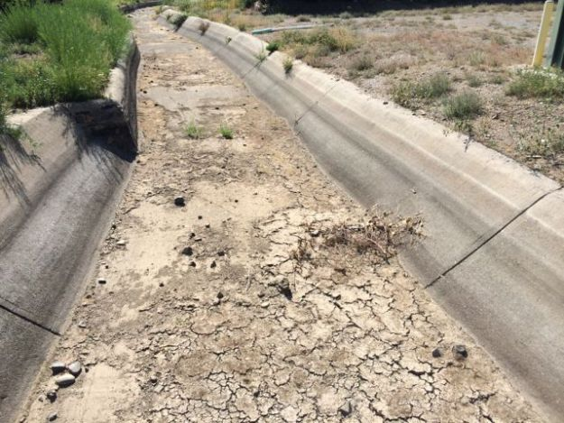 The Truckee River does not have enough water.  Ditches like the Highland ditch have effectively been dry now for more than 6 weeks.