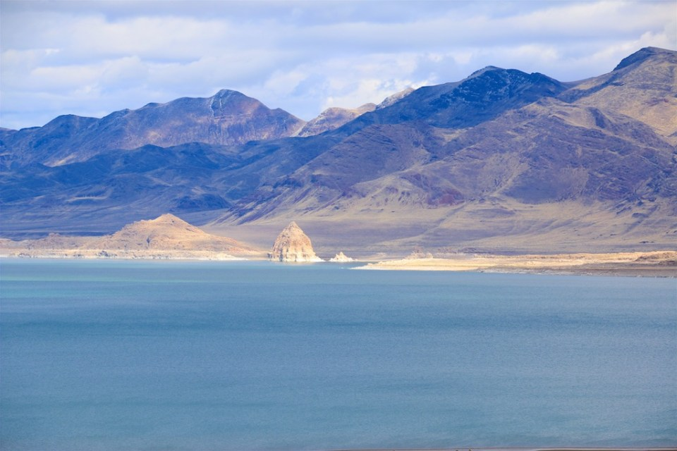 Pyramid lake and the Pyramid seen from the intersection of SR 445 and 446. (2/18/17)