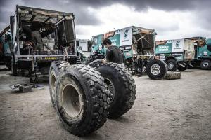 Goodyear 375/90R22.5 Offroad ORD tyres used by Team De Rooy.