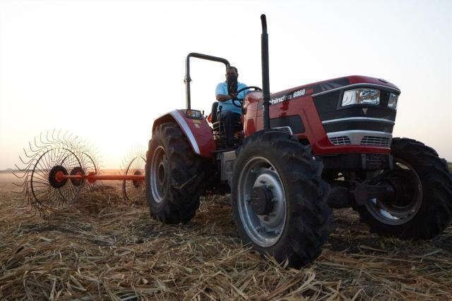 Mahindra takes centre stage at Nampo Cape