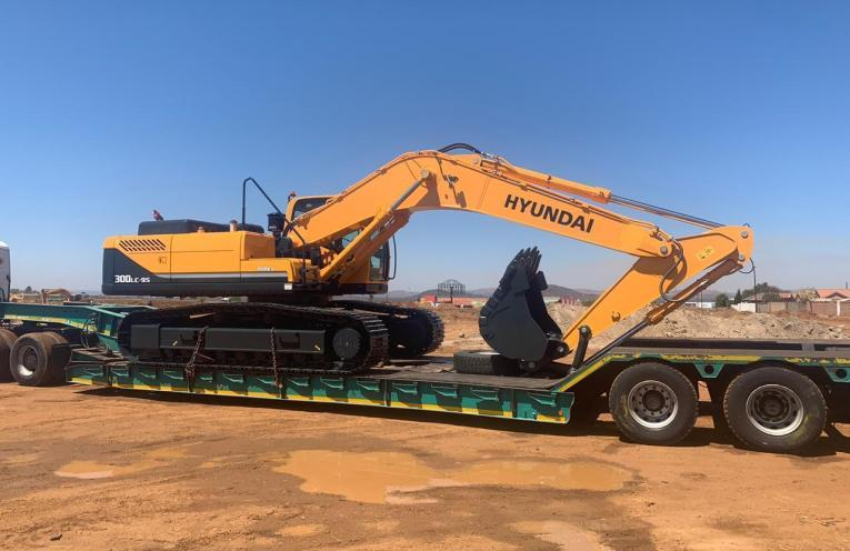 HPE Africa supplies Hyundai construction equipment to Civplant Civils