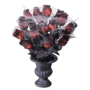 Florero con rosas negras cubiertas de tela de araña de Barullo