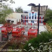 El mundo de los niños en Futuroscope, con un parque de bomberos.