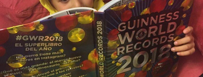 GUINNESS WORLD RECORDS 2018: UN LIBRO FASCINANTE  Foto de %title