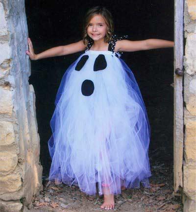 disfraz casero de halloween para niños: niña fantasma